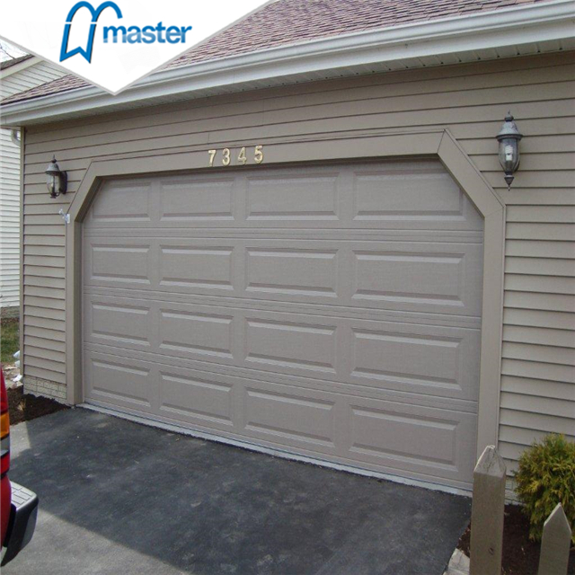 Motor Drive Carriage House Insluted Wooden Sectional Garage Doors