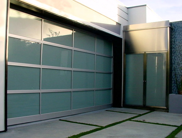 Do you know how to choose a garage door?
