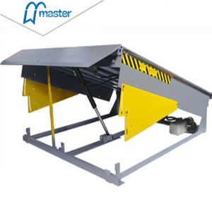 Industrial Typical Blue Truck Loading Dock leveller