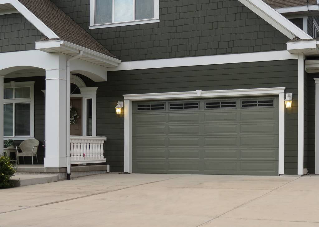 Which is better steel or fiberglass garage doors?
